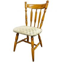 Used Set of 4 Traditional Style Wooden Pub Chairs